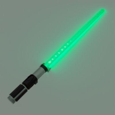 Star Wars: The Force Awakens, Yoda lyssværd