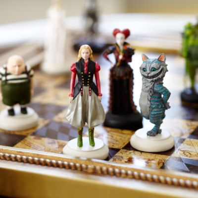 Alice Through The Looking Glass Limited Edition Deluxe Chess Set