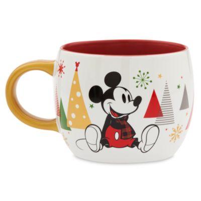 Mickey and Minnie Share the Magic Mug