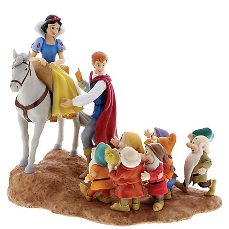 Snow White Joyful Farewell Figurine