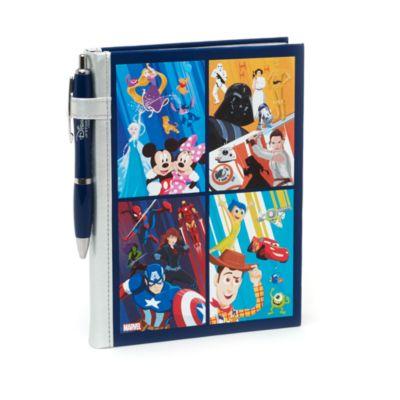 """Das """"30 Jahre Disney Store"""" Jubiläumsnotizbuch mit Stift"""