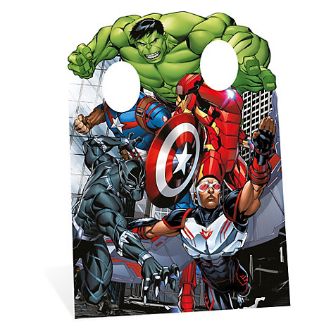 Avengers utstansad figur med hål för ansiktet