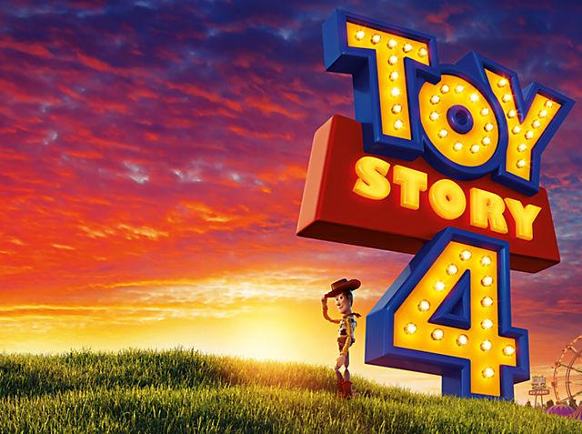 Toy Story 4 Vola verso l'infinito e oltre con la nostra selezione di peluche, set da gioco e tanto altro Prodotto in arrivo