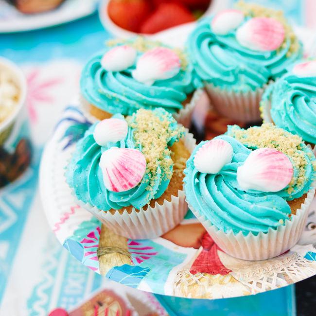 Moana Sea and Sand Cupcake Recipe