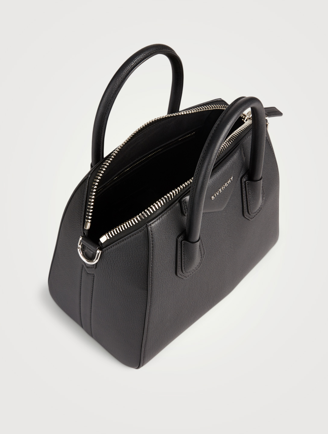 GIVENCHY Small Antigona Leather Bag Womens Black