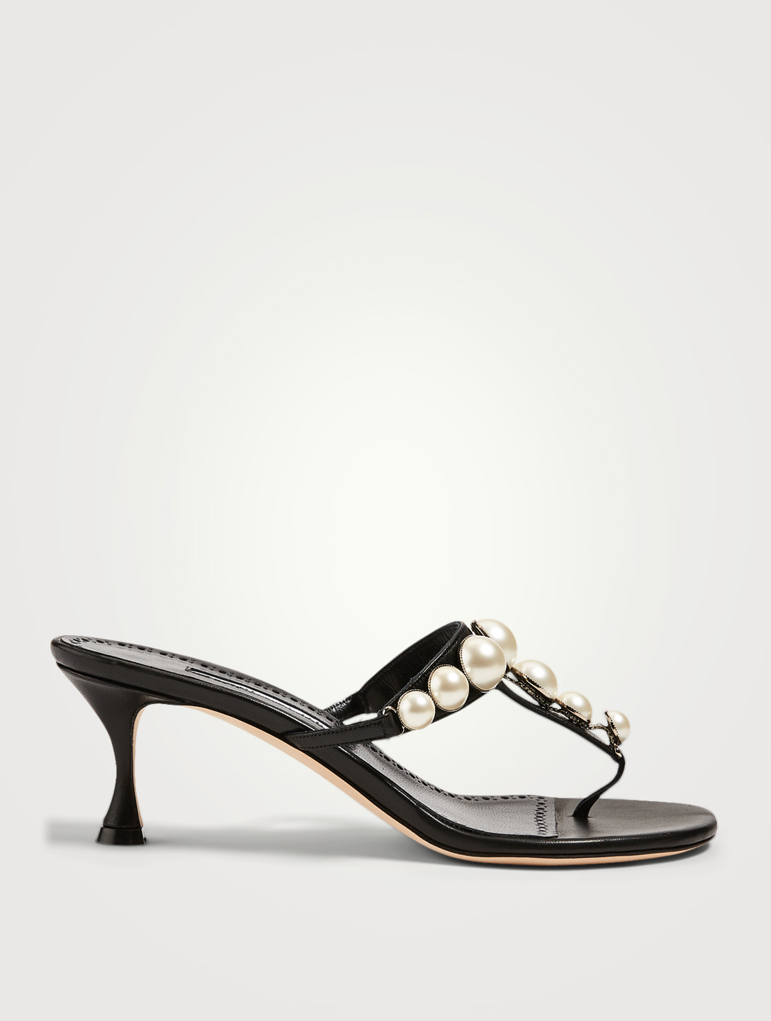 MANOLO BLAHNIK Perlosa Leather Heeled Thong Sandals With Pearls Women's Black