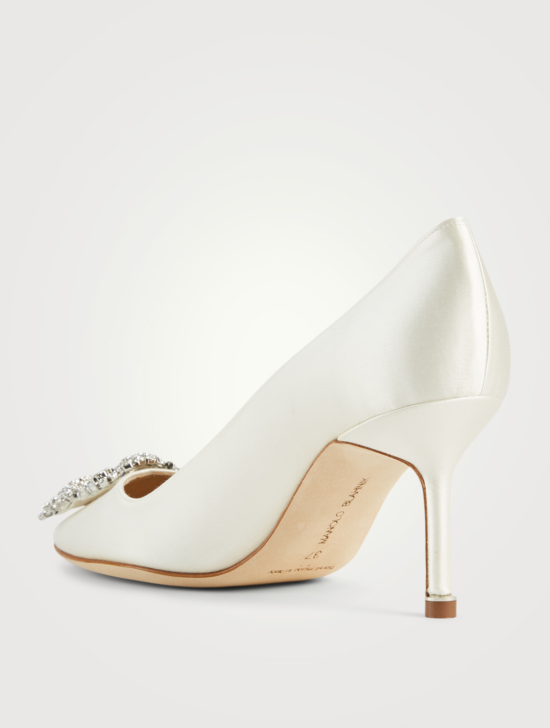 MANOLO BLAHNIK Hangisi 70  Satin Pumps Women's White