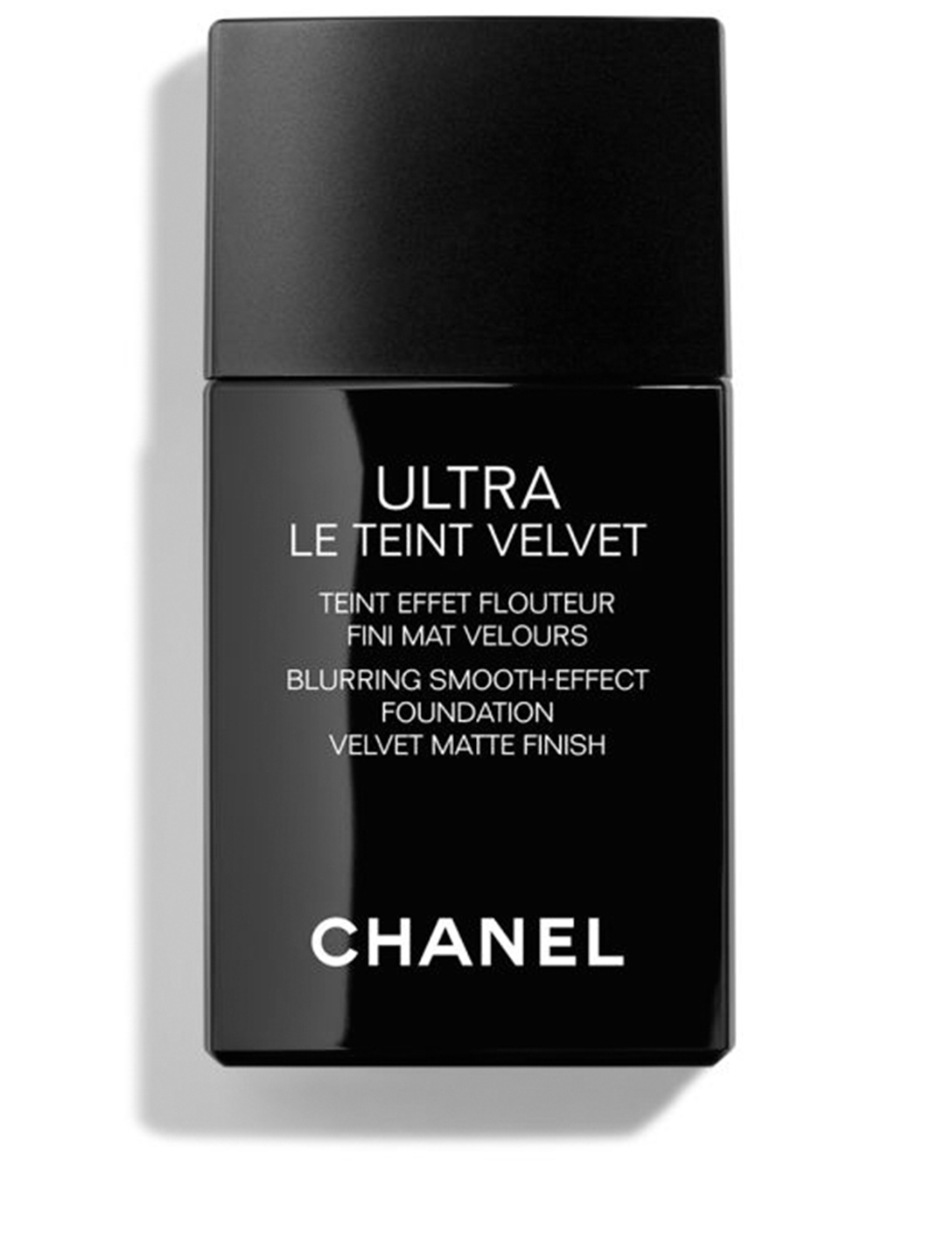 CHANEL Ultra-Light And Longwear Formula Blurring Matte Finish Perfect Natural Complexion CHANEL Neutral