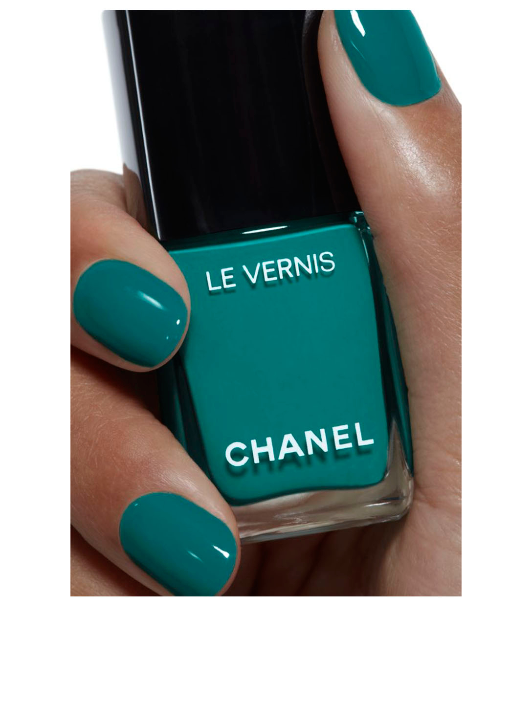 CHANEL Longwear Nail Colour CHANEL Green