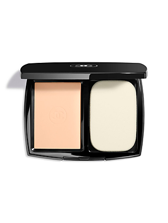 CHANEL Ultrawear Flawless Compact Foundation CHANEL Neutral