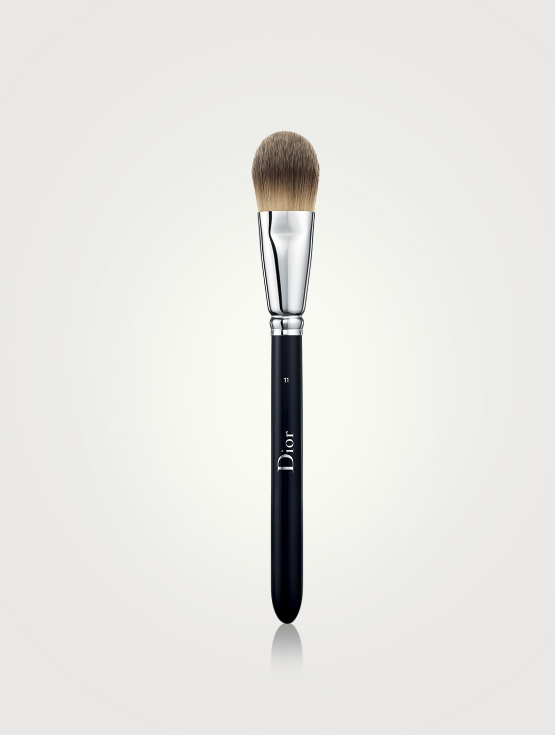 DIOR Dior Backstage Light Coverage Fluid Foundation Brush N° 11 Beauty