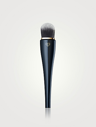 CLÉ DE PEAU BEAUTÉ Light Coverage Foundation Brush Beauty