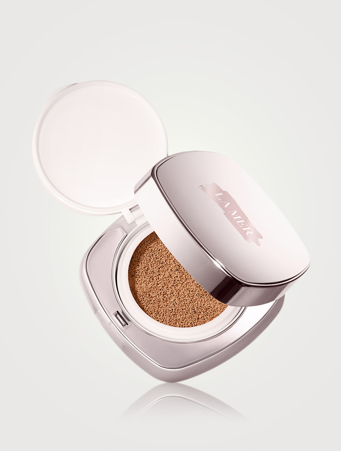 LA MER The Luminous Lifting Cushion Foundation SPF 20 Beauty Brown