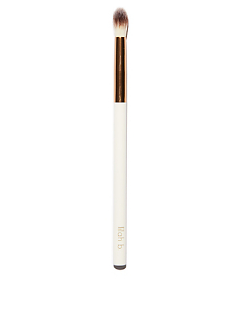 LILAH B. Crease Brush Beauty