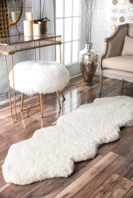 nuLoom Double Pelt Faux Sheepskin Hand Tufted Accent Rug