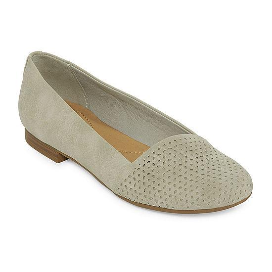 4221bf8e3edd Yuu Francie Womens Slip On Shoes JCPenney
