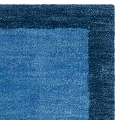 Safavieh Himalaya Collection Beckah Solid Runner Rug