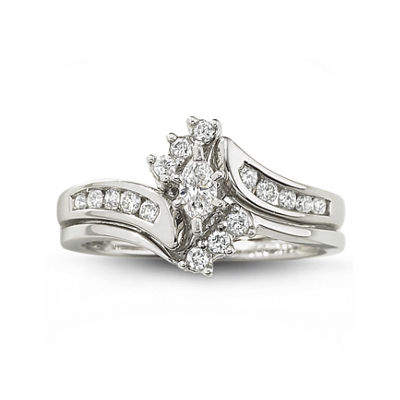 ½ CT. T.W. Diamond Bridal Set