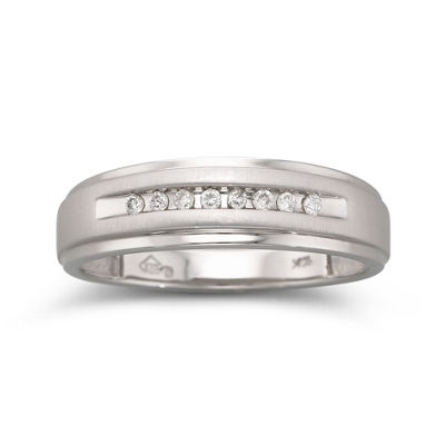 Mens 1/10 CT. T.W. Diamond Band 10K Gold