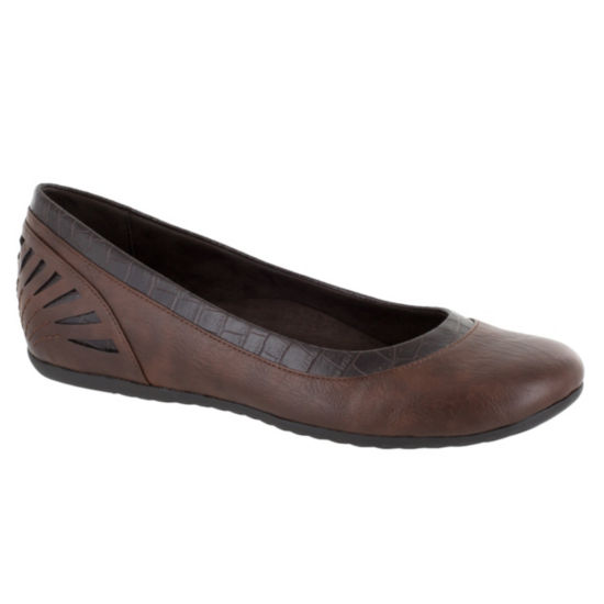 Easy Street Crista Womens Slip-On Shoes