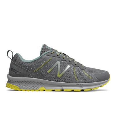 New Balance 590 Med Womens Running Shoes Lace-up