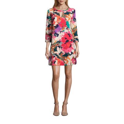ECI 3/4 Sleeve Floral Crepe Dress
