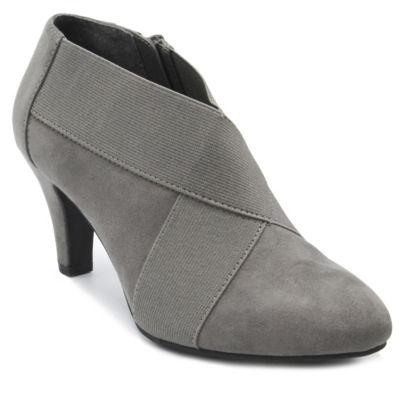 London Fog Bowen Womens Flat Sandals