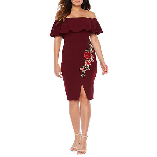 Premier Amour Short Sleeve Off The Shoulder Applique Sheath Dress