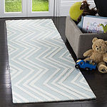 Safavieh Kids Collection Donal Geometric Runner Rug