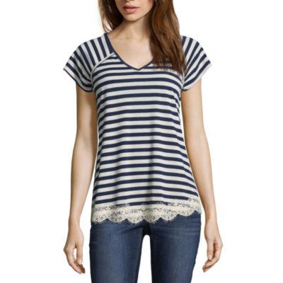 Rewind Short Sleeve V Neck Stripe T-Shirt-Womens Juniors