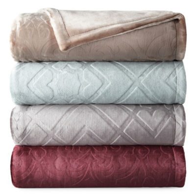 North Pole Trading Co Ultimate Plush Throw