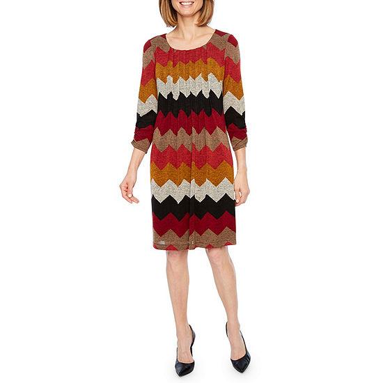 Perceptions 3/4 Sleeve Chevron Stripe Shift Dress