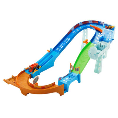 Fisher-Price Nickelodeon Blaze and the Monster Machines  Flip & Race Speedway