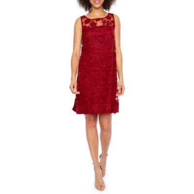 Robbie Bee Sleeveless Lace Shift Dress