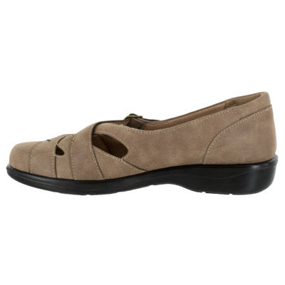 Easy Street Sync Womens Slip-On Shoes