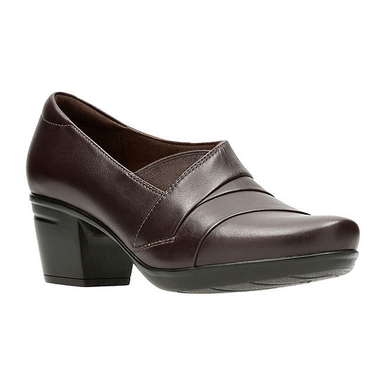 Clarks Womens Emslie Warbler Slip-On Shoe Round Toe