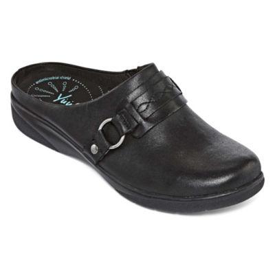 Yuu Womens Darnette Slip-On Shoes Slip-on Closed Toe