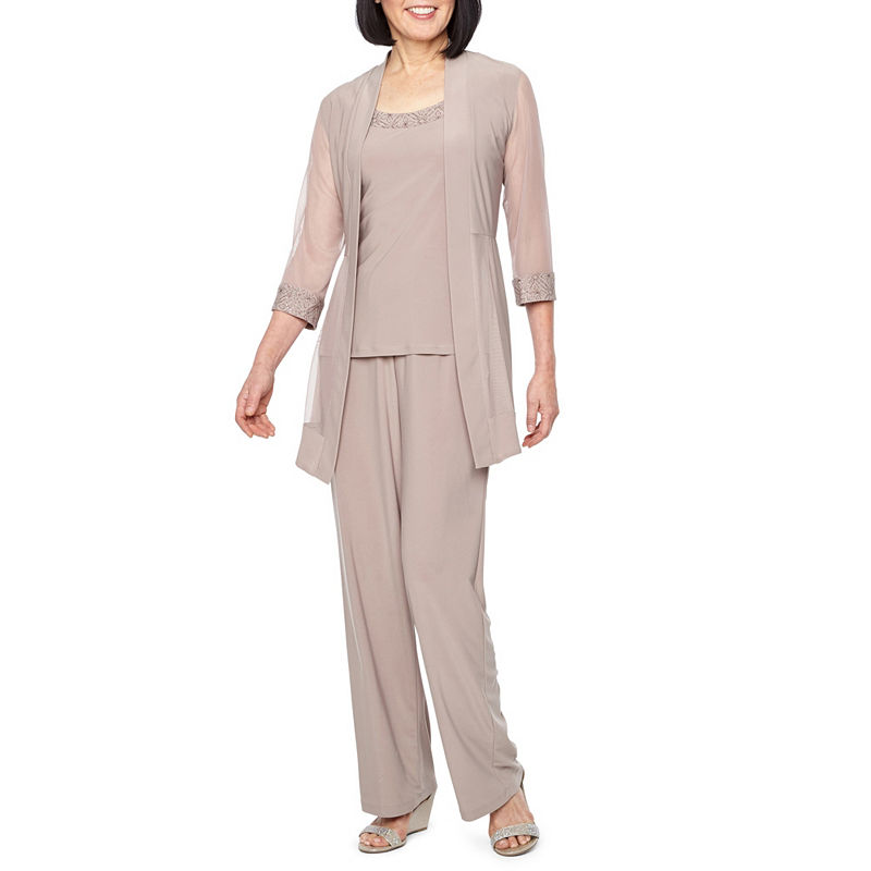 Did Women Wear Pants in the 1920s? Yes! sort of… R  M Richards 3-pc. Pant Set Womens Size 6 Beige $49.49 AT vintagedancer.com