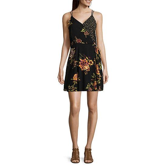 Eyeshadow Surplus Dress Sleeveless Slip Dress-Juniors