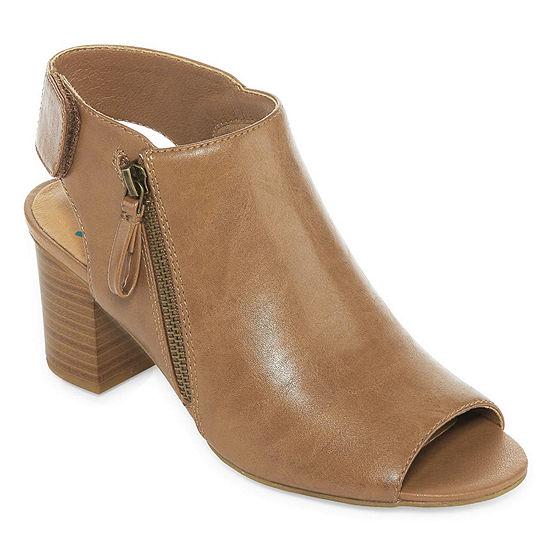 Yuu Womens Sasssy Booties Stacked Heel