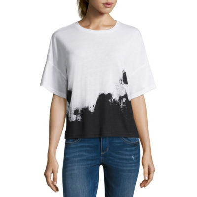 Project Runway Short Sleeve Round Neck Graphic T-Shirt