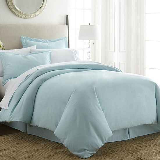 Casual Comfort™ Premium Ultra Soft Wrinkle Resistant Duvet Cover Set