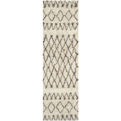 Safavieh Casablanca Collection Stephanie GeometricRunner Rug