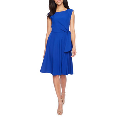 Chelsea Rose Sleeveless Fit & Flare Dress