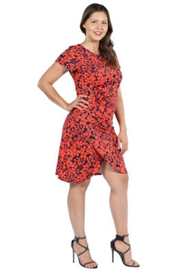 24Seven Comfort Apparel Jessie Red and Black Shift Dress - Plus