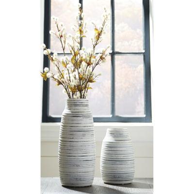 Signature Design By Ashley® Set of 2 Donaver Vases