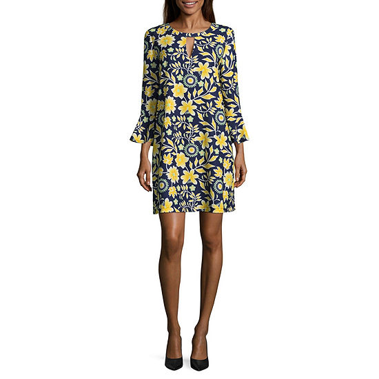 ECI Elbow Sleeve Floral Crepe Dress