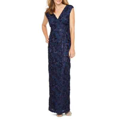 Onyx Nites Sleeveless Evening Gown