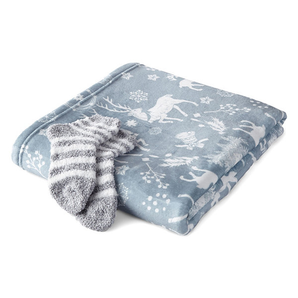 North Pole Trading Co. Family Sleep Box Set