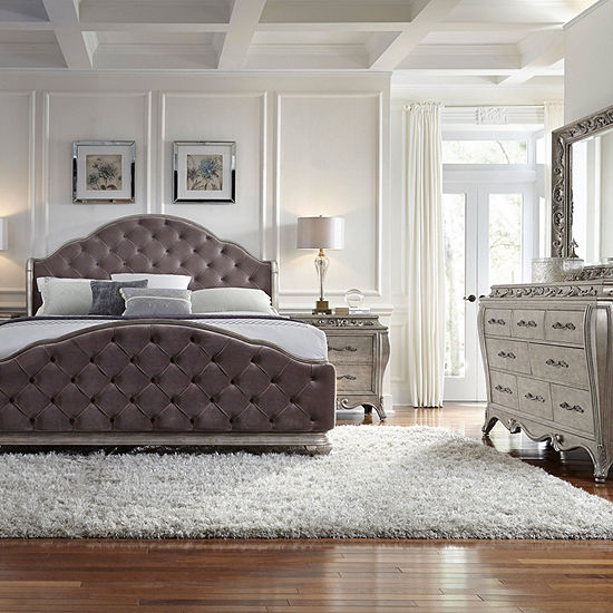 Rhianna Upholstered King Bed